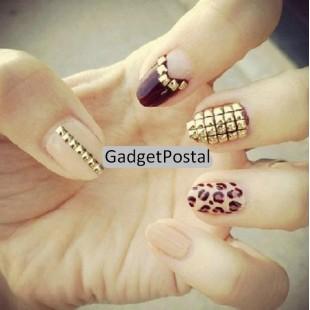 Квадратные металлические стразы для ногтей