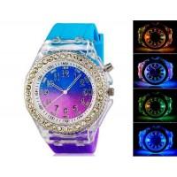 Аналоговые часы сподсветкой и  силиконовым ремешком (синий и фиолетовый)